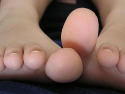 feet-2_sm